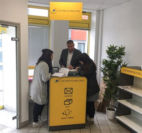 bureau de poste brest brest cr 233 ation d un point de services la poste relais aux