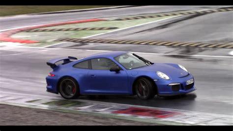 matte blue porsche matte blue porsche 991 gt3 powerslides on track