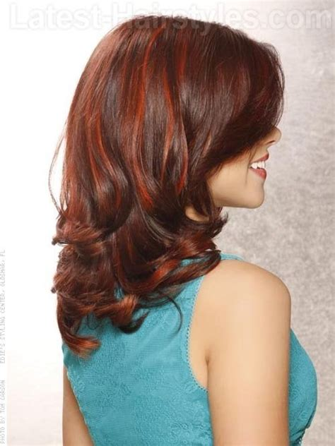 ribbon highlights for brunettes red ribbons wavy brunette hair with red highlights best
