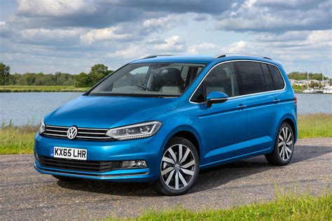 Touran Auto by New Vw Touran To Cost From 163 22 240 Auto Express