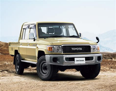Toyota 70 Series Car Pictures And Photo Galleries Autoblog