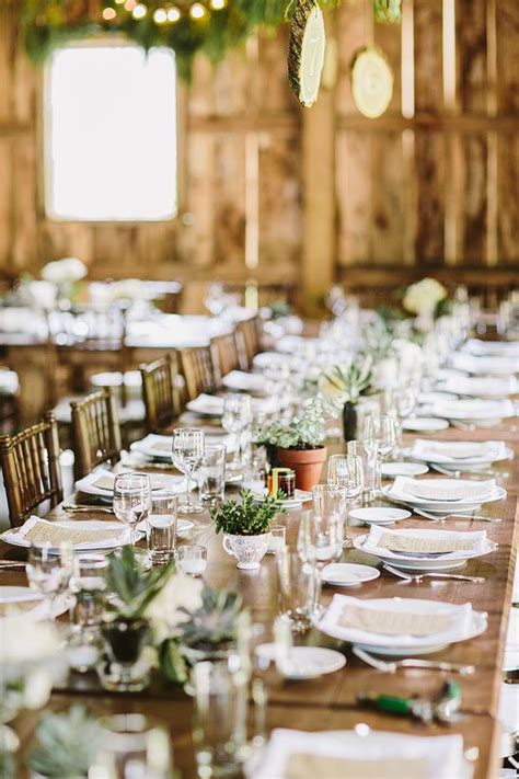 Wedding Desk by Picture Of Beautiful Barn Wedding Table Settings