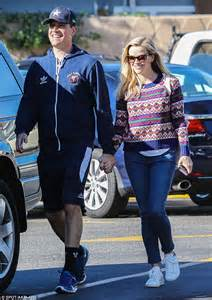 Spotted Shopping Cameron Reese And More by Reese Witherspoon Dons Festive Sweater With Husband Jim