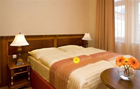 Hotel Veniz Standard Room by Rooms In Marienbad Rooms Hlavni Trida