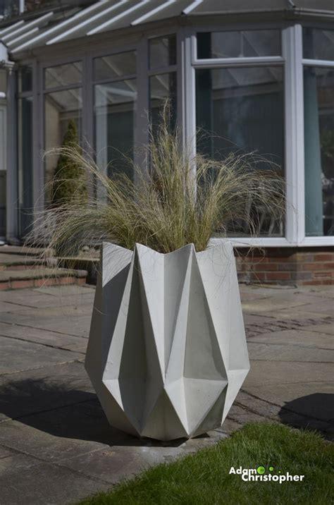 Designer Planter by New Kronen Flower Pot Award Winning