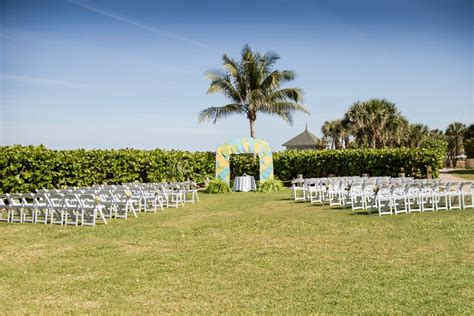 Disney's Vero Beach Resort Wedding Photography   Verola Studio  Vero Beach Photographer and