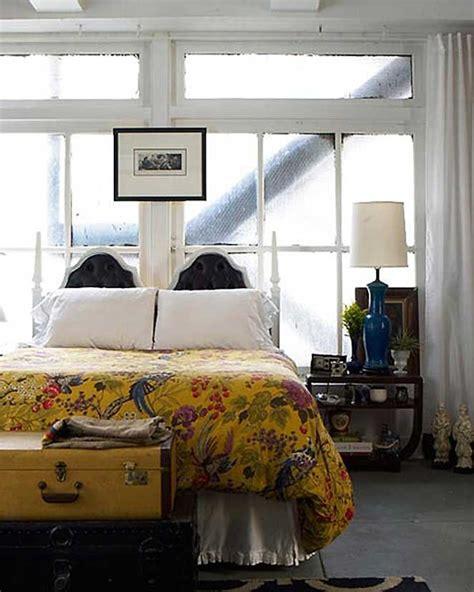 Do Two Beds Make A King by Como Usar Uma Cabeceira Na Frente Da Janela