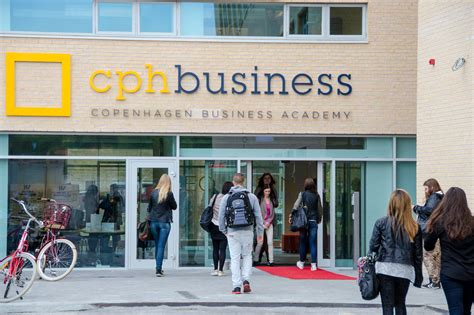 Copenhagen Business School Mba Application by Isg Signs New Partnerships International Bba Mba