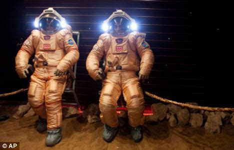film cina mars the real big brother mock mission to mars ready to land