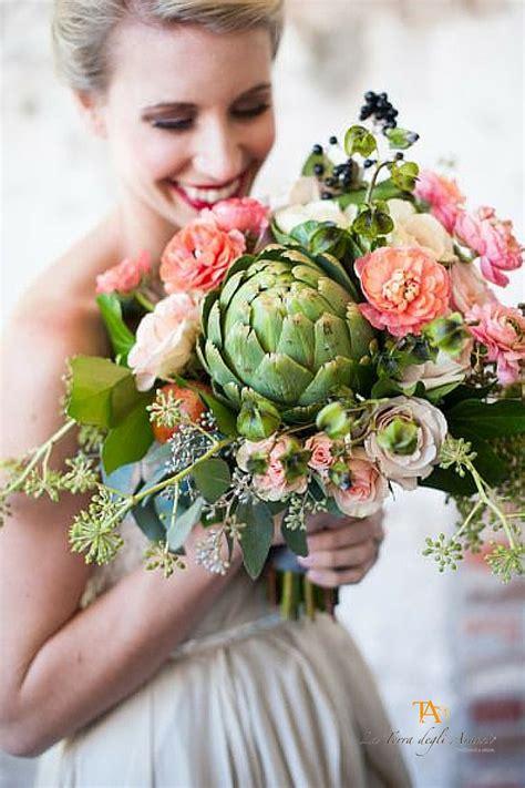 mazzo di fiori per sposa bouquet da sposa e allestimenti floreali i consigli dei