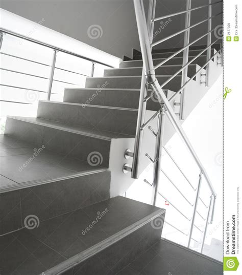 modernes treppenhaus lizenzfreie stockbilder bild 2677059 - Modernes Treppenhaus