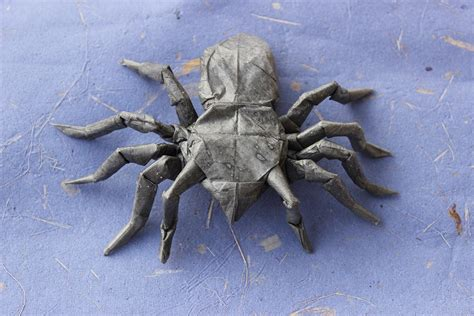 Origami Tarantula - 24 more amazingly realistic looking origami insects