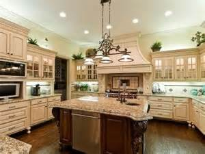 Granite Top Kitchen Island With Seating Marvelous Kitchen With A Nice Big Granite Top Island
