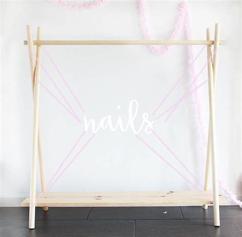 Diy Clothes Rack Wood by Best 25 Wooden Clothes Rack Ideas On Diy Clothes Rack Clothes Racks And Diy
