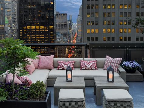 top rooftop bars new york 10 best rooftop bars in new york city photos cond 233