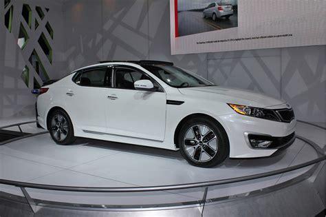 2011 Kia Optima Price Kia Announces 2011 Optima Hybrid Pricing