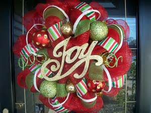 Holiday fun christmas mesh wreath by lilmaddydesigns on etsy