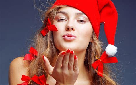 beautiful santa girls christmas girls in santa outfit