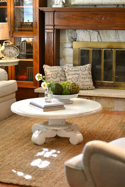 how to decorate a round coffee table 25 best ideas about round coffee tables on pinterest