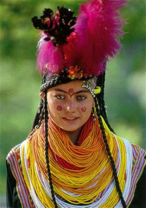 kalash women trekking in kalash all about love of mountains valleys