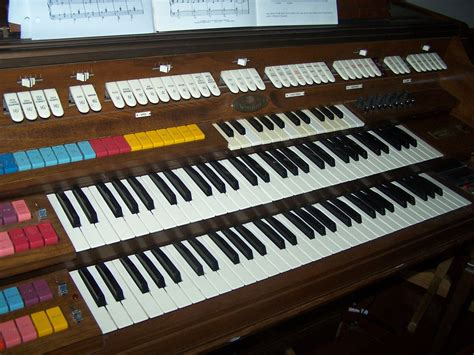 Electric Organ file wurlitzer electronic organ manuals jpg wikimedia