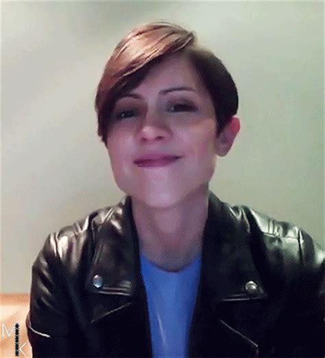tegan and sara ts gif find amp share on giphy