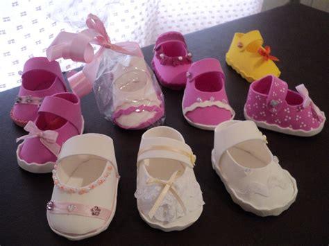 zpatitos para baby shower en goma eva las manualidades souvenirs para nacimiento zapatitos souvenirs para baby