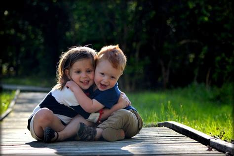 sisterbrothercomparemasterbatingstyles com 17 best images about family portrait poses on pinterest