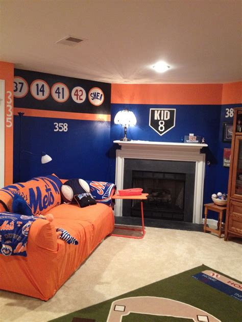 mets bedroom 1000 images about mets room on pinterest game of hot