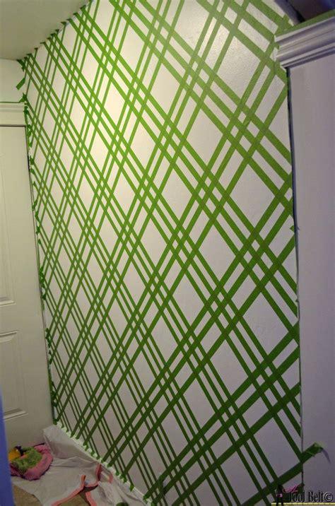 hometalk diy modern wall design  painters tape