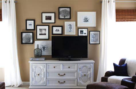 lisa mende design   decorate   flat screen tv