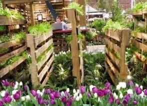 Small Wood Planter Box by Pin Coole Palettenm 246 Bel F 252 R Den Garten On Pinterest