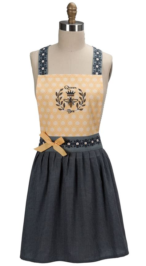 sewing bee apron 12186 best aprons images on pinterest aprons sewing