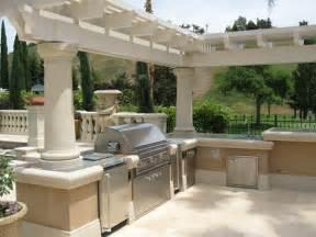 outdoor kitchen with granite countertop