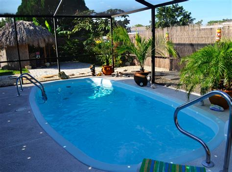 Rental Car Port Fl by 3 Bedroom House For Rent In Florida Travelmob