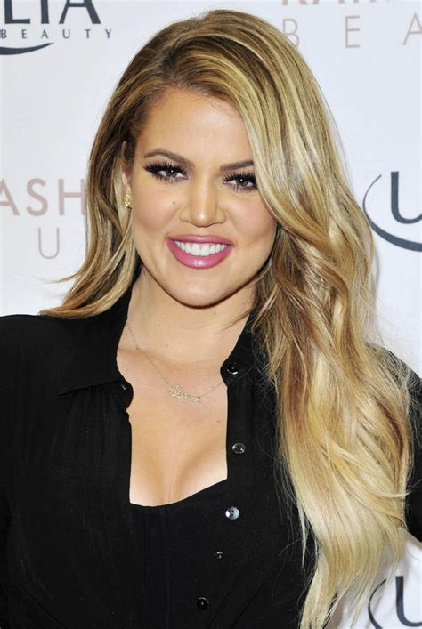khloe kardashian debuts blonder super long hair on the