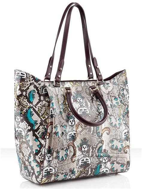 Tas Sling Floral Flap christian louboutin justine python skull bag is trendy