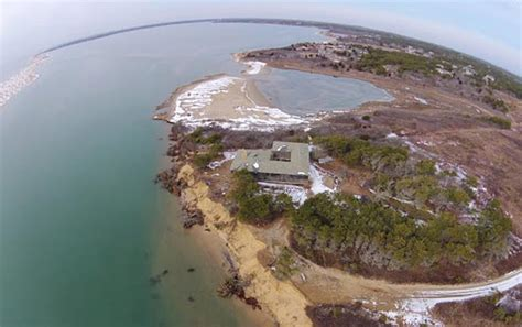 Chappaquiddick Wasque Living On The Edge Wasque Home Safe For Now The Martha S Vineyard Times
