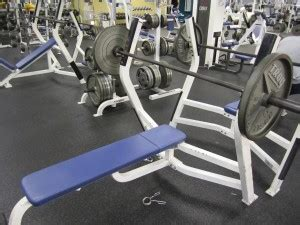 225 lbs bench press calculator 7 tips on how to increase bench press