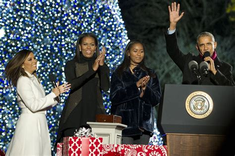 the obamas celebrate their final white house christmas