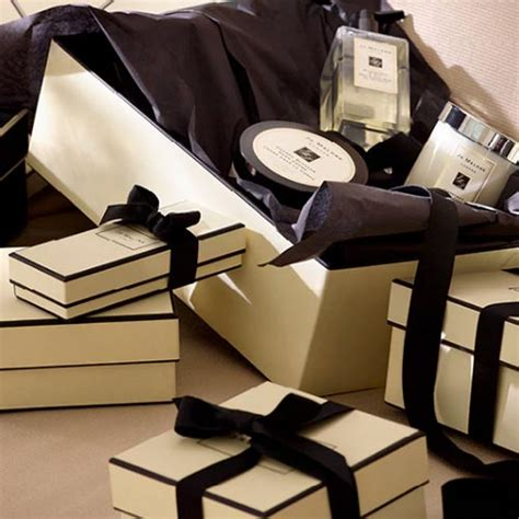 Jo Malone Paper Bag 23 retailers that will wrap and personalise your gifts for you