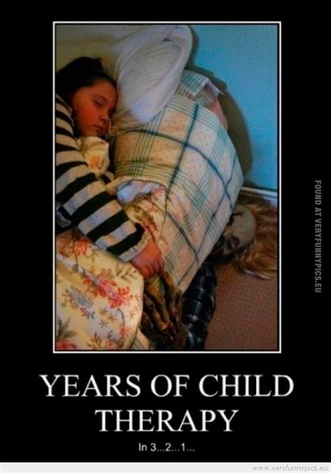 clown under bed clown under the bed very funny pics
