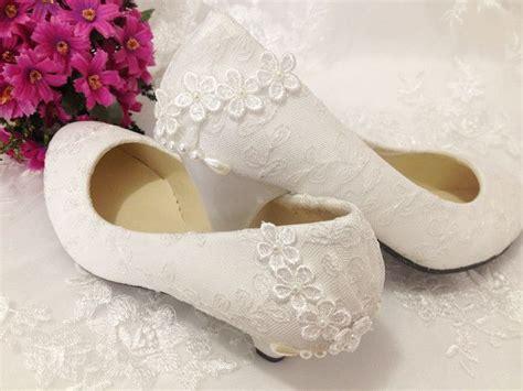 Sepatu Selop Gliter Ujung Gold 10 inspirasi sepatu pernikahan buat kamu yang tidak suka