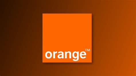 orange les salari 233 s pl 233 biscitent le travail dans l