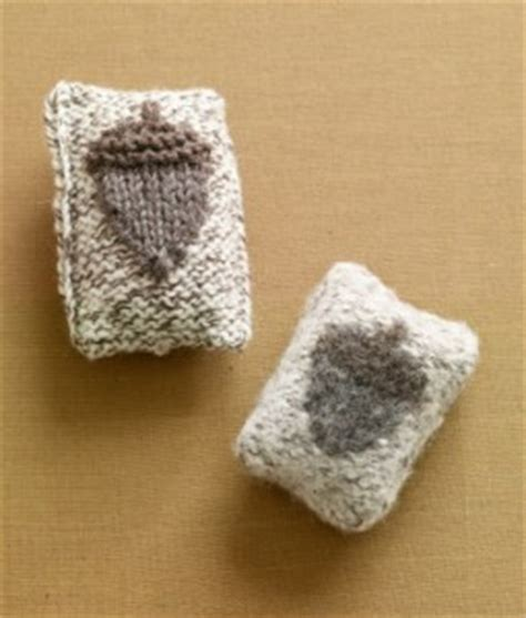 knit and crochet for fall acorns and squirrels free knit and crochet for fall acorns and squirrels free