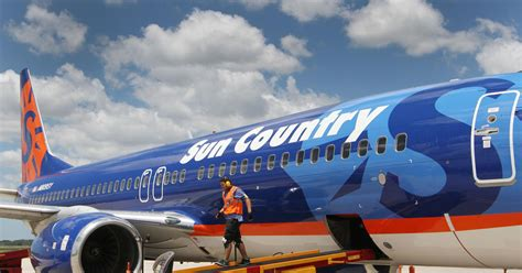 fort myers to cancun flights begin
