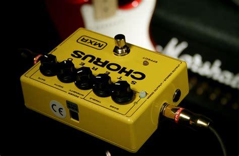 Dunlop Mxr Stereo Chorus M134 mxr m134 stereo chorus pedal review
