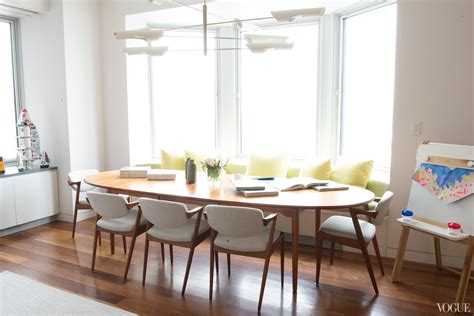 Dining Room With Bench Seating Oval Kitchen Table Modern