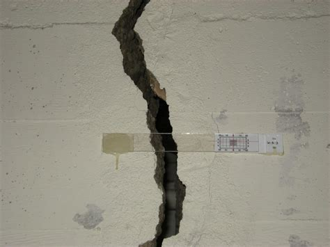How Much Does It Cost to Fix a Foundation Leak