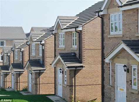 homes in uk englisho aca the incredible shrinking houses british homes built now